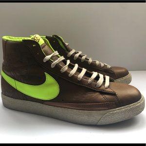 Rare Nike Blazer OG laser bronze and neon